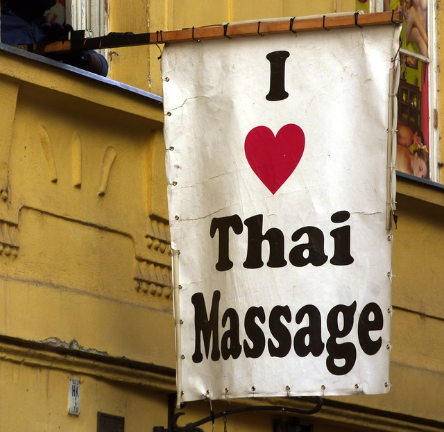 Thai massage in Pratunam, Bangkok
